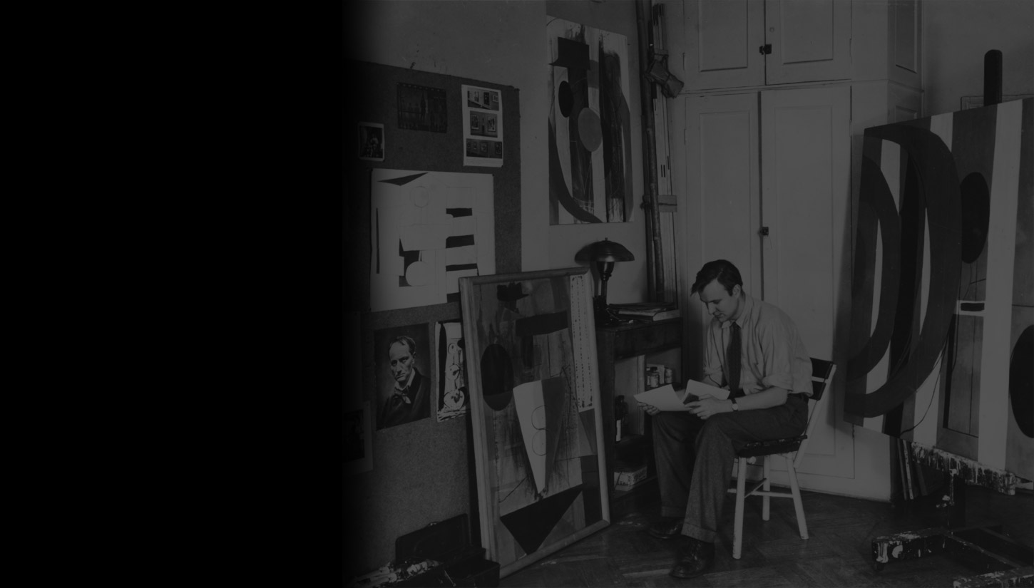 Motherwell in his Greenwich Village studio, 1943. Photo: Peter A. Juley & Son